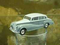 CLASSIC VINTAGE DINKY No 150 ROLLS ROYCE SILVER WRATH in two tone Grey.