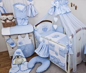 Babybett Tany mit 10-tlg Komplett-Set Bettwäsche Matratze Nestchen Herzchen Blau