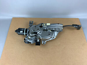 2004-2009 Lexus RX330 RX350 Rear Hatch Trunk Power Closing Motor OEM 689100E014