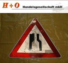 """Verkehrszeichen Verkehrschild   """"Beidseitige Fahrbahnverengung"""""""