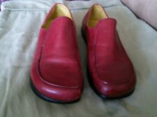 Kalso earth shoes womens size 9 Maroon Leather, soles show hardly warn.