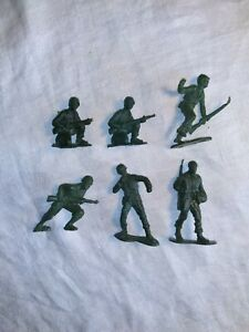 Vintage Marx? WWII Soldiers Figures 68mm 6 Pieces