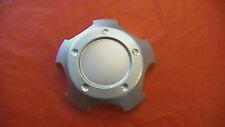 Toyota Land Cruiser Landcruiser silver wheel center cap hubcap 69479 69435 NEW