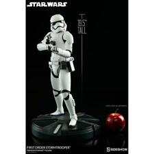 Stormtrooper Premium Format™ Figure by Sideshow Collectibles Star Wars