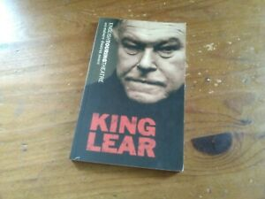 KING LEAR.BY WILLIAM SHAKESPEARE. ENGLISH TOURING THEATRE. OBERON BOOKS