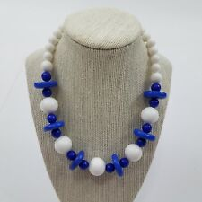 Necklace mod plastic art deco blue white beaded disc statement chunky circle