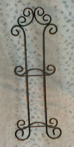 """Black wrought iron double plate holder, 21 1/2"""" high, holds two plates"""