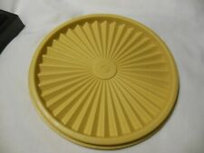 "Vintage Tupperware Replacement Lid, Gold Sunburst #808-6, 6-1/8"" Across"