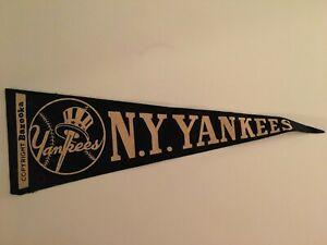 1950 NEW YORK YANKEES Bazooka Blony Gum Cloth Baseball PENNANT Premium