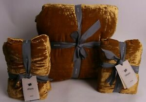 west elm Lush Tack Stitch King quilt & 2 king shams, golden oaks gold yellow
