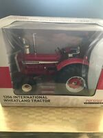 1206 IH Wheatland Toy Tractor 1:16 By TOMY