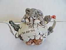 Harmony Kingdom / Lord Byron's Harmony Garden Cracking Brew Teapot (Hktplecb)