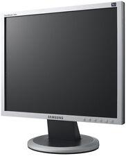 "Samsung Syncmaster 940 N-LCD Monitor - 19"" - Grado B-Con Cables"