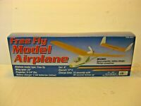 Free Fly Model Airplane Jet Model Kit #43678 Wing Propeller batter charge New