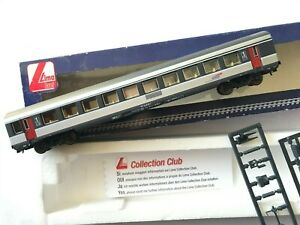 """LIMA  VOITURE  1 CL  AMENAGEE  DE LA """" SNCF """" TYPE CORAIL EN BO REF: L 309706"""