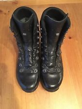 Lowa gtx mountain Military / Police Boot Size 9