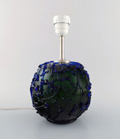 Kastrup / Holmegaard. Rare round table lamp in dark green and blue art glass.