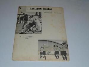 1967 CARLETON (MN) COLLEGE FOOTBALL & SOCCER MEDIA GUIDE EX-MINT BOX 34