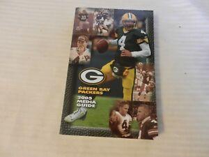2005 Green Bay Packers Official Media Guide Book Brett Favre on cover