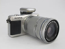 [Exc+]Olympus PEN E-PM2 16.1 MP Digital Camera - Silver (Kit w/ 40-150mm 4-5.6)
