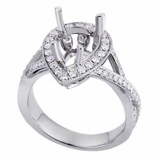 18K White Gold 0.60Ct Cross Design Diamond Ring With Halo Setting (Sizable)