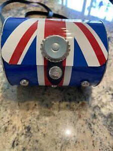 "Littlearth 2010 British Flag Bag. 5"" Long."