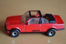 Modellini statici di auto, furgoni e camion rosso Matchbox