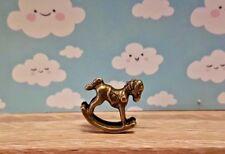 Cheval à Bascule Jouet Enfant Bébé Métal 1:48th Scale Maison de poupées Vendeur Britannique