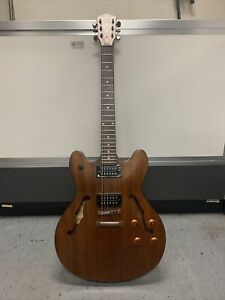 Washburn Semi Hollow Electric Guitar HB32DM Excellent Condition