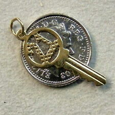 9 ct gold second hand 21st yale key