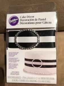 Wilton 120-1181 Black Ribbon & Buckle Cake Decor Black Buckled Ribbon