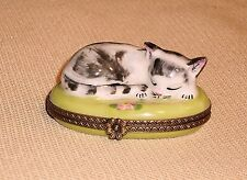 Vintage Limoges Rare Trinket Box Peint Main Chamart France Sleeping Cat 293r