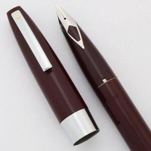 Sheaffer 330 Fountain Pen C/C - Burgundy XF Short Diamond (New Old Stock Boxed)