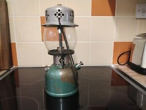 Coleman 241G kerosene lantern