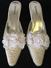John Fashion A2009-C Size 9 Satin Roses And Beaded Wedding Shoe in Ivory Satin