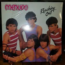 MENUDO-REACHING OUT-PADOSA-RCA-AFL1-4993-SEALED-MINT-MINT-c1984-33 YEARS OLD
