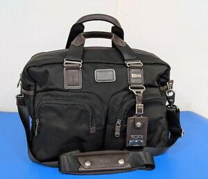 TUMI 22340 HKH Alpha Bravo Everett Essential Tote Bag