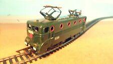 Train    Electrique  LOCOMOTIVE  électrique   BB  9004  JOUEF