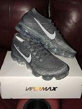 Nuevo Nike Air Vapormax asfalto Flyknit Reino Unido 8.5 Gris Oscuro