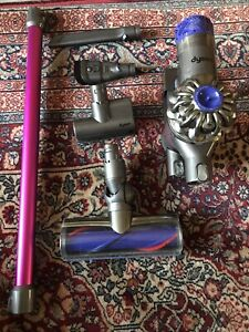 Dyson V6 Absolute Cordless  Vacuum Cleaner With Original Accessories