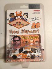 2000 #20 Tony Stewart The Home Depot Kid's Workshop 1/64 NASCAR Action Diecast