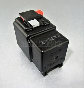 280-Chrysler Jeep Dodge (1995-2010) Multi-Use 5 Pin Black Relay 50732 04868478AA