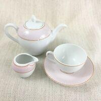 Porzellan Tee-Set für eine Teekanne Teetasse und Untertasse Bernardaud & Co Rosa