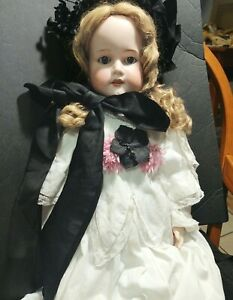 """ANTIQUE GERMAN BISQUE RARE ARMAND MARSEILLE  30"""" DAINTY DOROTHY JOINTED LIMBS"""