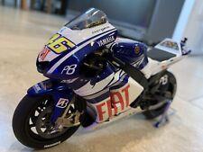 1/12 Minichamps Valentino Rossi 2010 MotoGP Fiat Yamaha Team Bike