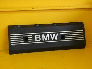 2000-2006 BMW X5 4.4L valve cover