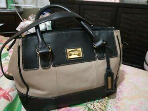 Tignanello Handbag with shoulder strap