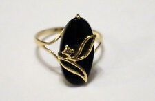Black Onyx ring in 10k yellow gold, size 7.5