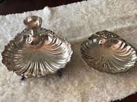 Pair Of Vintage Very Large Wallace Silver Plate Shell Serving Dishes
