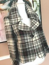 ELLEN TRACY A NEW BLACK / WHITE/ RED PLAID  CROPPED JACKET SIZE 4 WOOL BLEND